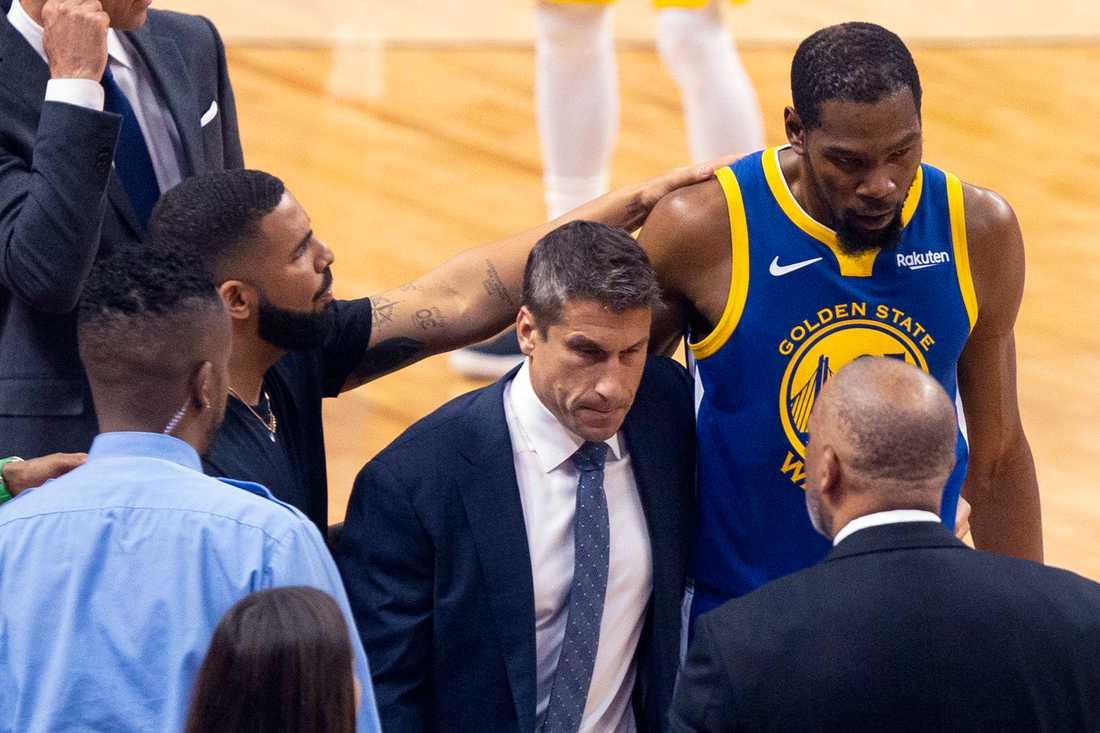 Kevin Durant lämnar finalen skadad – igen
