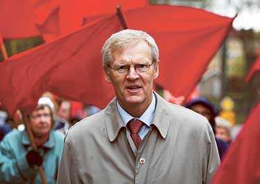 Finansminister Bosse Ringholm prioriterar frågan om full sysselsättning, en klassisk socialdemokratisk paroll, i årets budgetförhandlingar.
