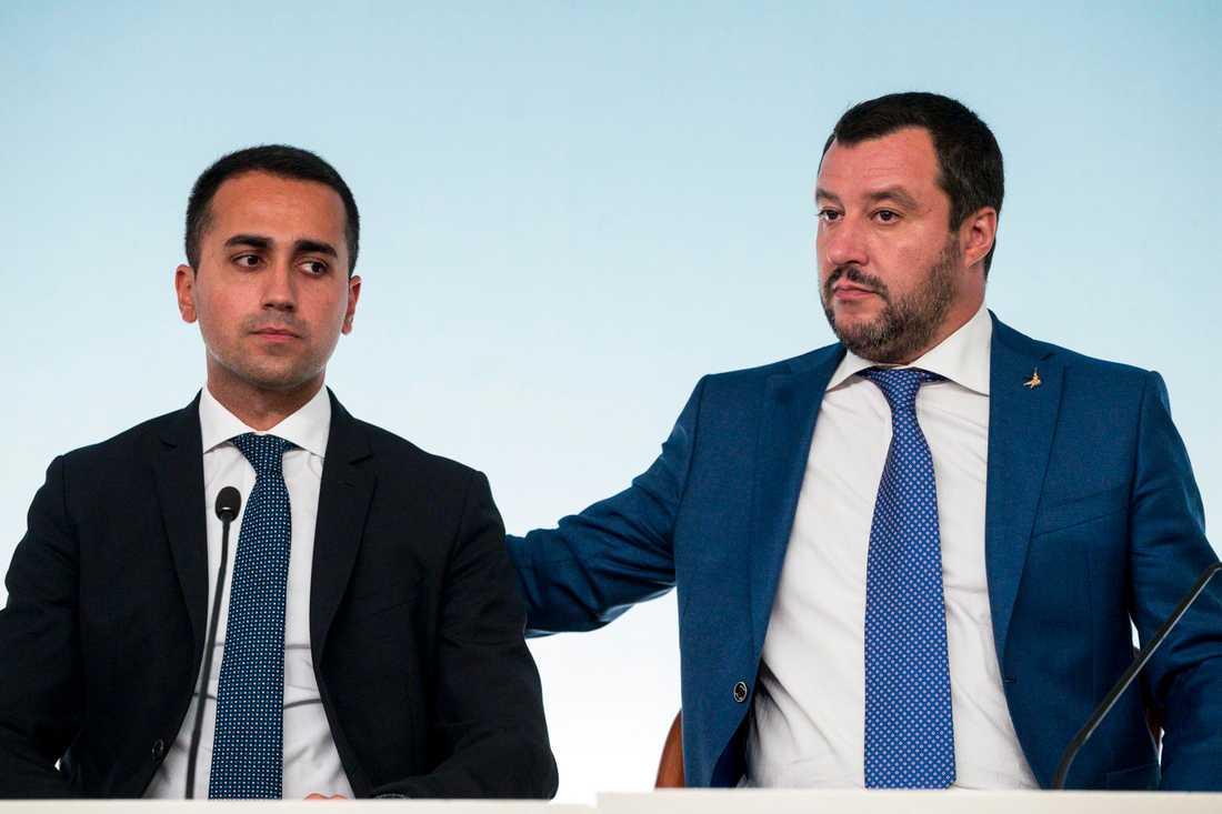 Hur länge kan Femstjärnerörelsens ledare Luigi Di Maio och Legas motsvarighet Matteo Salvini hålla ihop sin regering? Arkivbild.