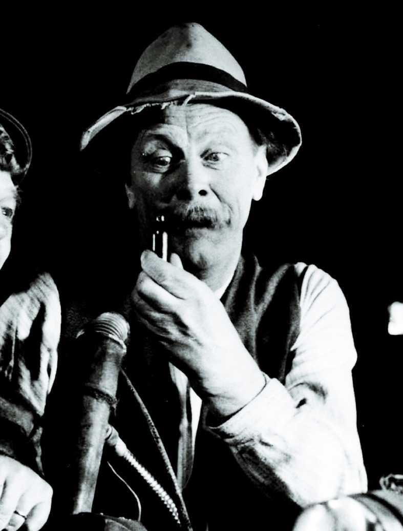 John Elfström spelade Åsa-Nisse i 19 filmer.