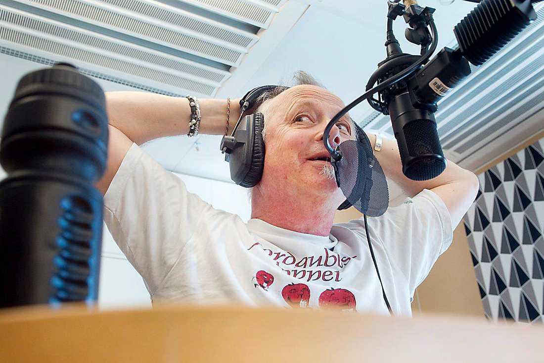 """Täppas Fogelberg, 68, skrev under fredagen på sitt instagramkonto att han fått lämna """"Ring P1""""."""