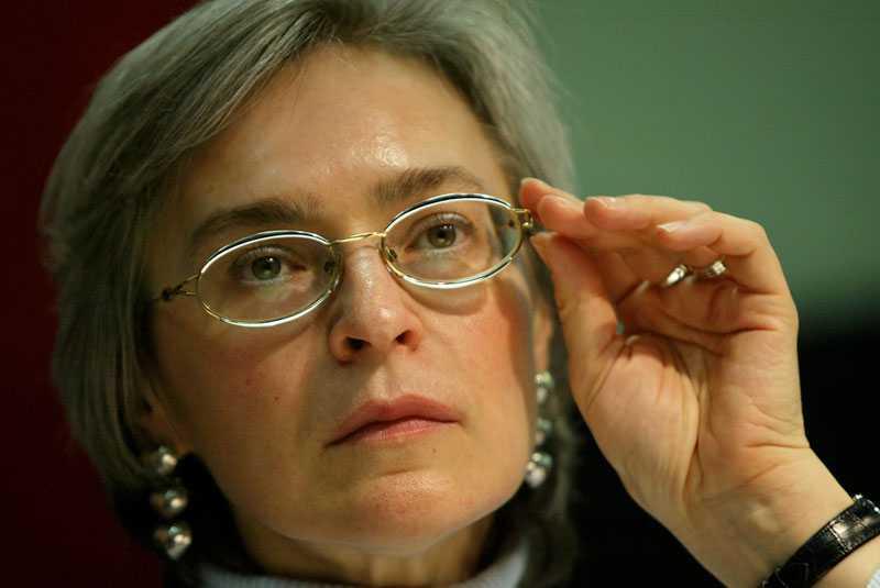 Anna Politkovskaja 2003. Tre år senare sköts hon ihjäl i Moskva.