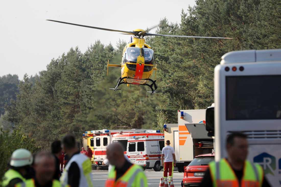 Bussolyckan inträffade på motorvägen utanför tyska Rostock.