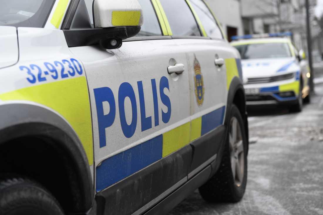 Polisen har gripit en man efter ett bråk i en bostad i Strängnäs. Arkivbild.