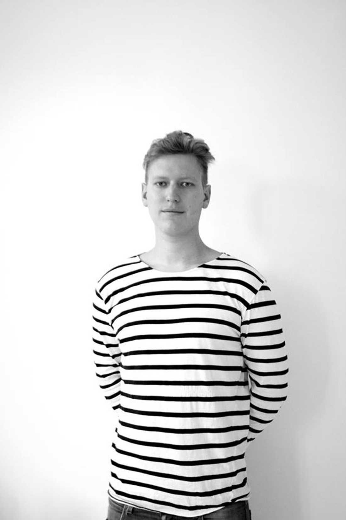 Ett stort antal kunder har även hört av sig till Aftonbladet. Alexander Hjertstedt, 28, i Malmö är en av dem. Han fick en felaktig faktura för en månad sedan.  – Den var bland annat på ett modem som inte fungerade och som jag redan hade återlämnat, säger Alexander Hjertstedt till Aftonbladet.
