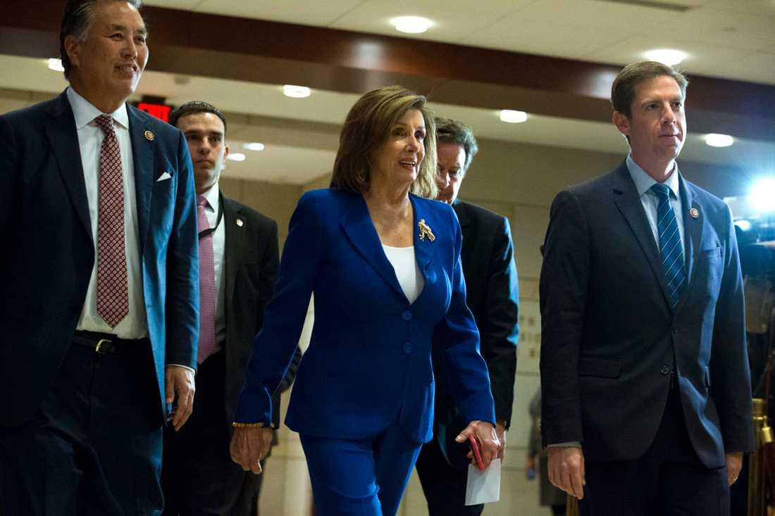 Representanthusets talman, demokraten Nancy Pelosi, anländer till USA:s kongress för att få information om attacken mot Qassem Soleimani.