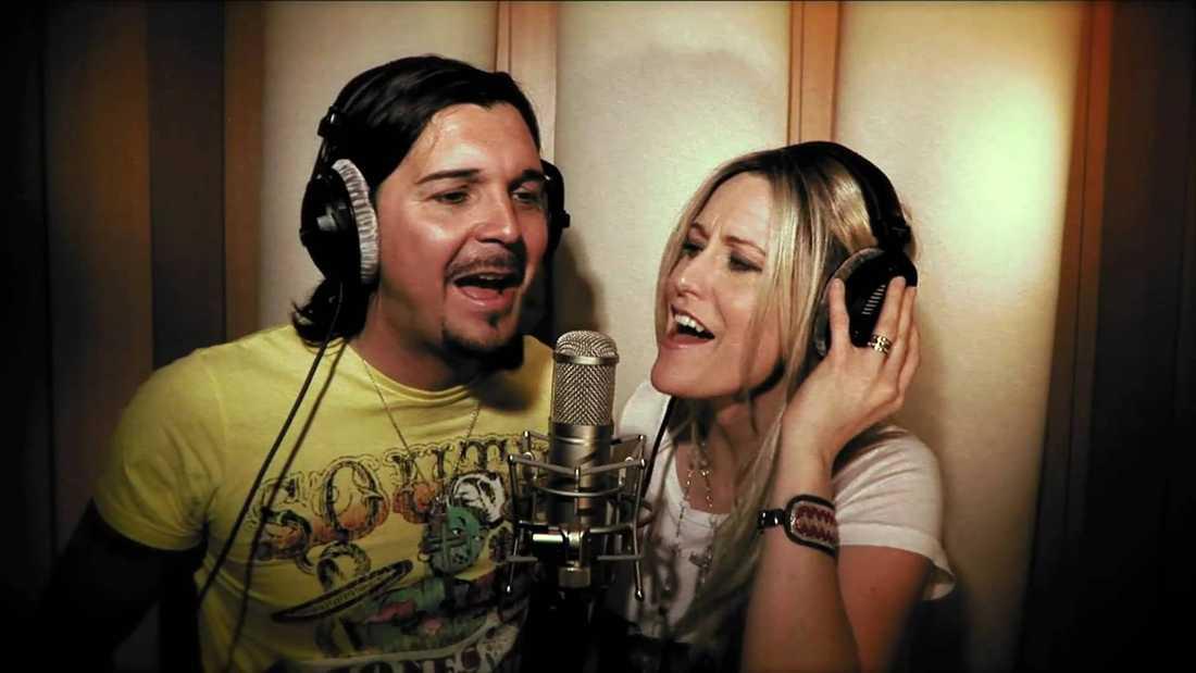 Annika Ljungberg och Jens Sylsjö sjöng bland annat tillsammans i gruppen Rednex.