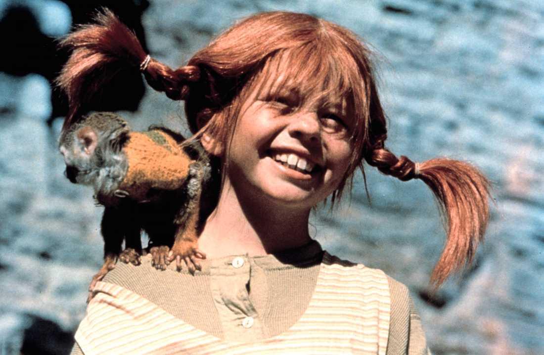 """Pippi Långstrump. Noel Gallagher känner först inte igen Astrid Lindgren-karaktären: """"Men jag känner igen apan! Är Pippi Långstrump svensk!? Det hade jag inte en aning om! Trevligt""""."""