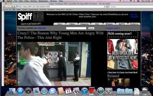 Tjuven surfade bland annat på nyhetssidor om kravallerna i London.