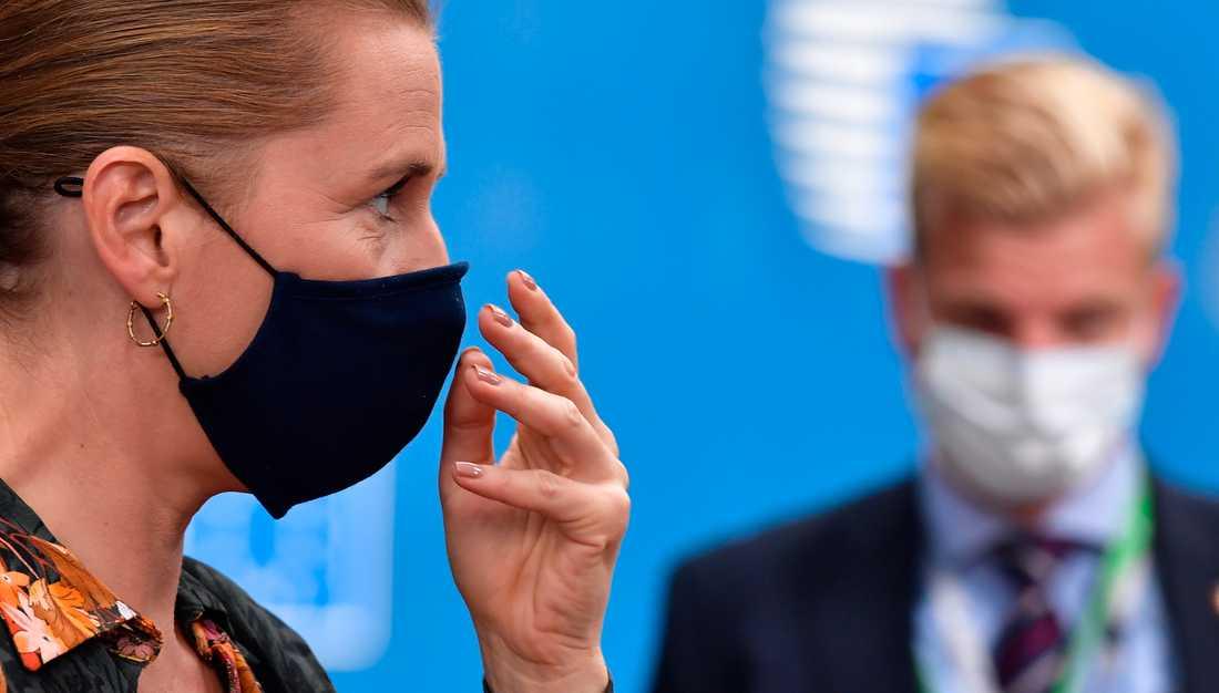 Danmarks statsminister Mette Frederiksen meddelar nya virusrestriktioner. Bild från i juli.