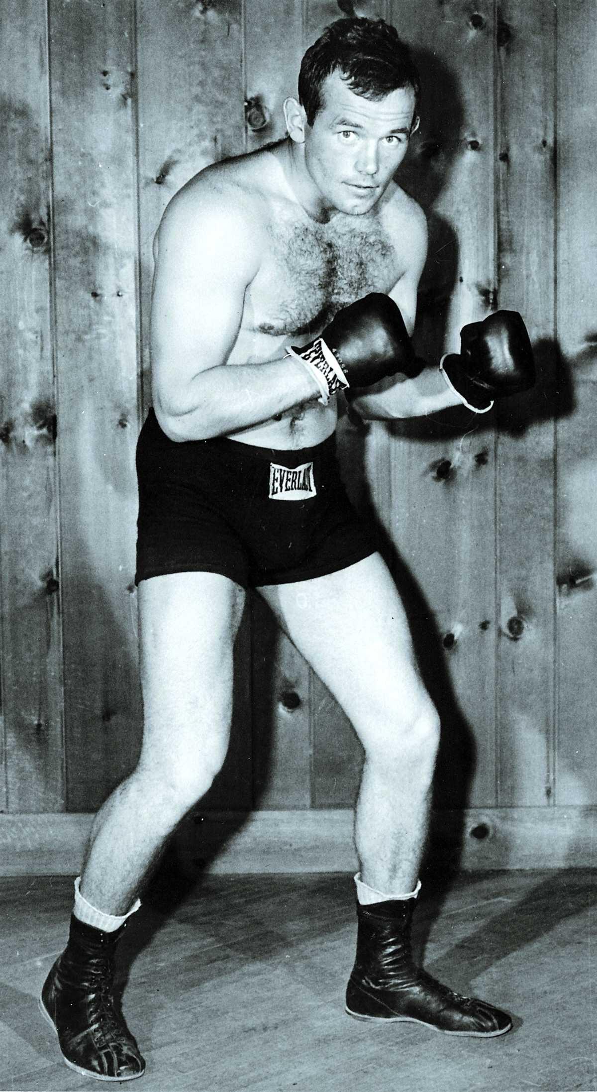 Boxnings- legendaren Ingemar Johansson begravs på fredag. Ingo blev 76 år gammal.