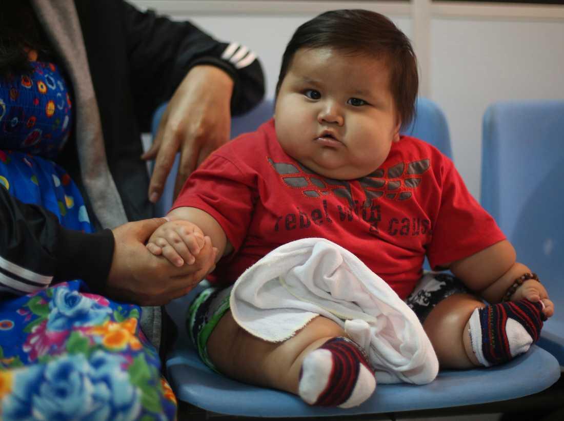 Colombias fetaste bebis ska nu få sjukvård i huvudstaden Bogota.