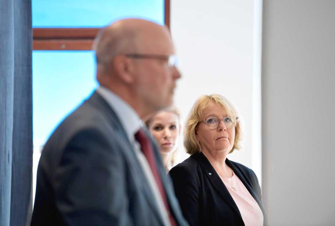 Stockholms landshövding Sven-Erik Österberg, finansregionrådet Irene Svenonius (M) och Stockholms finansborgarråd Anna König Jerlmyr (M).