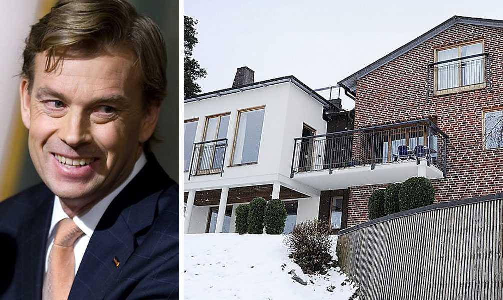 HAR DRAGIT IN 18,2 MILJONER Michael Nils Johan Wolf är Swedbanks koncernchef sedan 2009. Bor i villa i Solsidan.