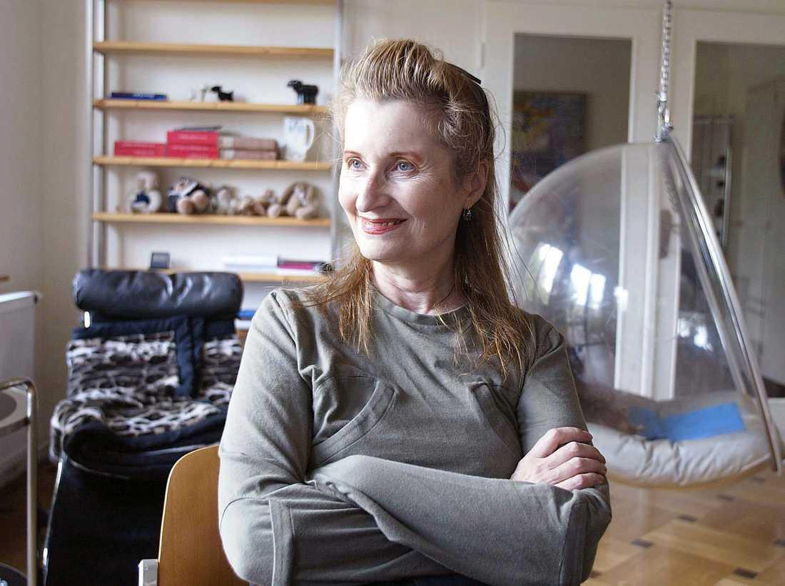 … Elfriede Jelinek (2004) …