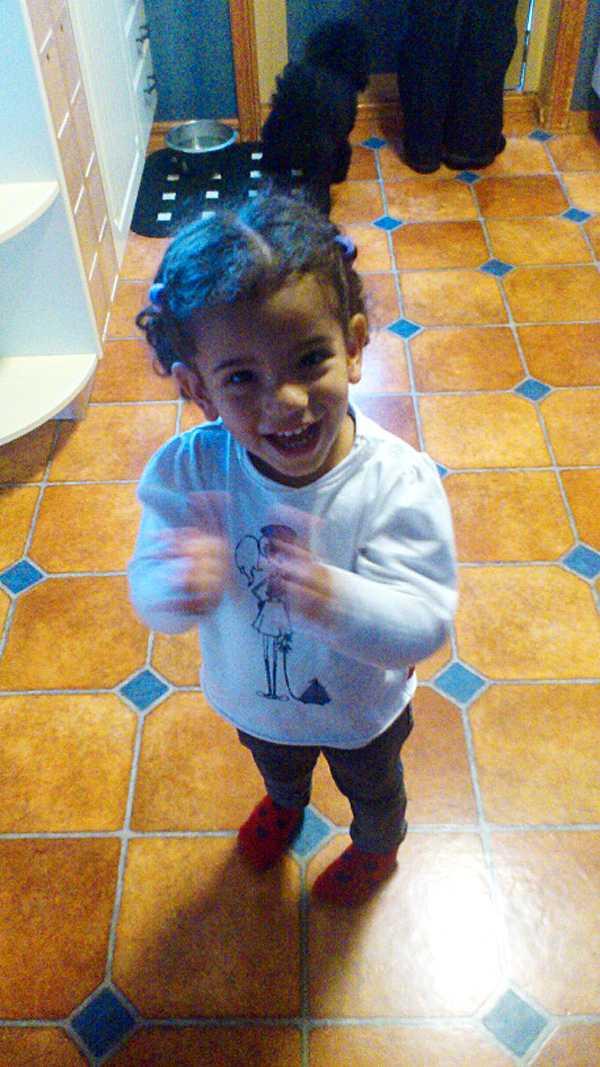 Trygg och glad i Skåne.  Haddile, 2, övergavs och misshandlades som spädbarn.