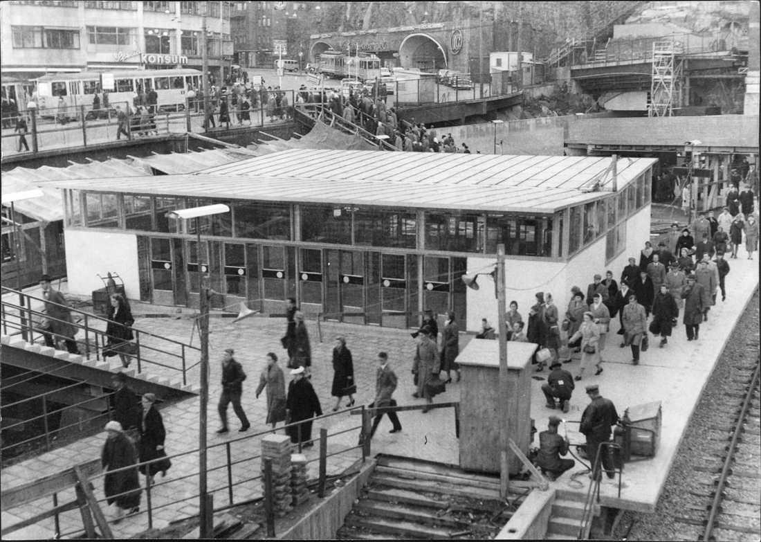 Slussen 1957 Tunnelbanestationen.