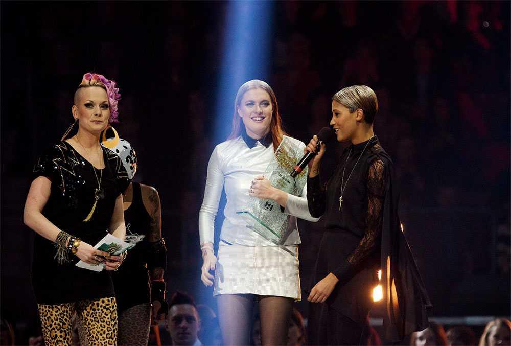 """Icona Pop vann Årets låt med sin """"I love it""""."""