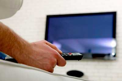 Tv-apparater behöver exempelvis alltid vara standby för att kunna ta emot signaler.
