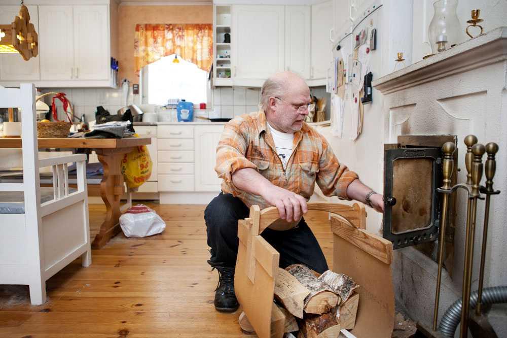 Bernt-Åke Öhman, 63, är sjukpensionär efter att ha jobbat som mekaniker sedan 13 års ålder.