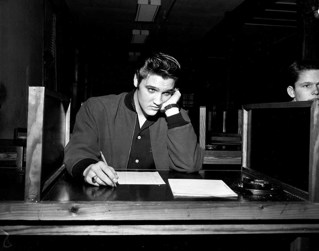 Elvis Presley, 21.