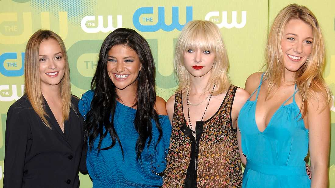 """Leighton Meester, Jessica Szohr, Taylor Momsen och Blake Lively från de tidigare säsongerna av """"Gossip Girl"""". Arkivbild."""