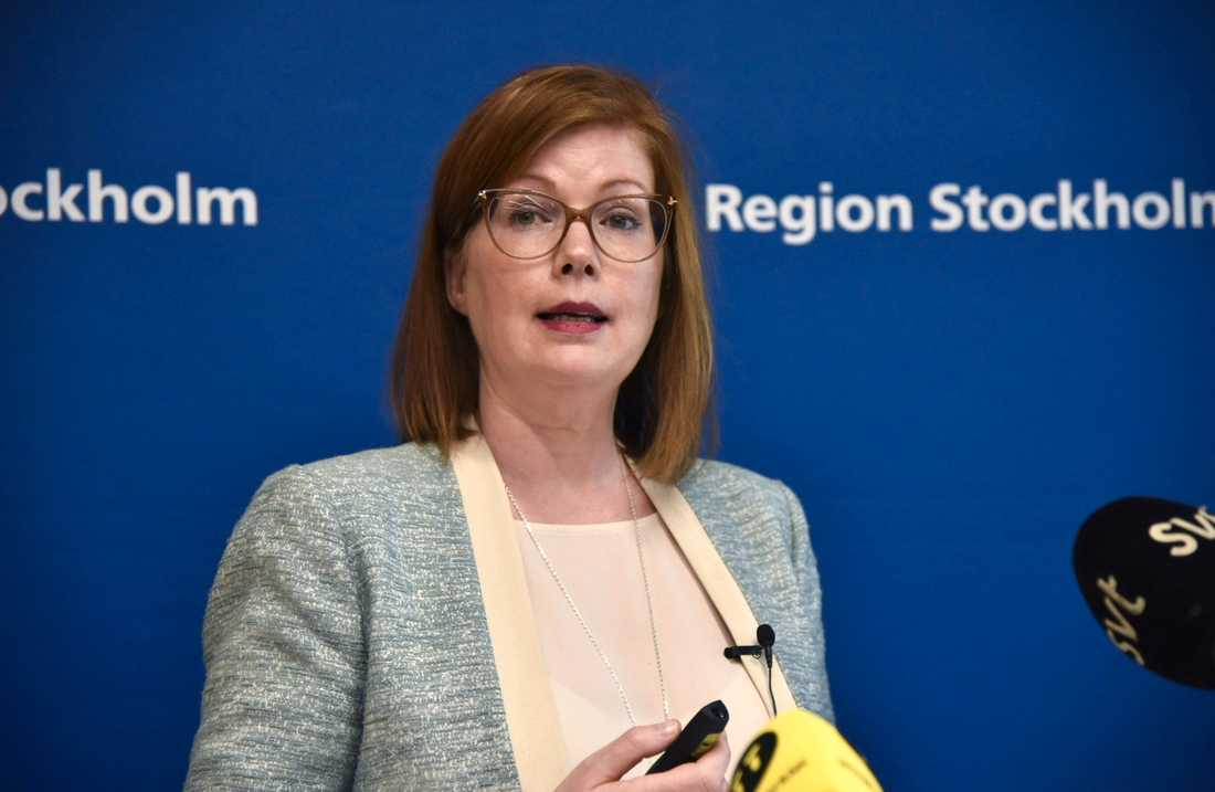 Anna Starbrink (L), hälso- och sjukvårdsregionråd i Stockholm, är kritisk till det egna partiets linje i las-frågan.
