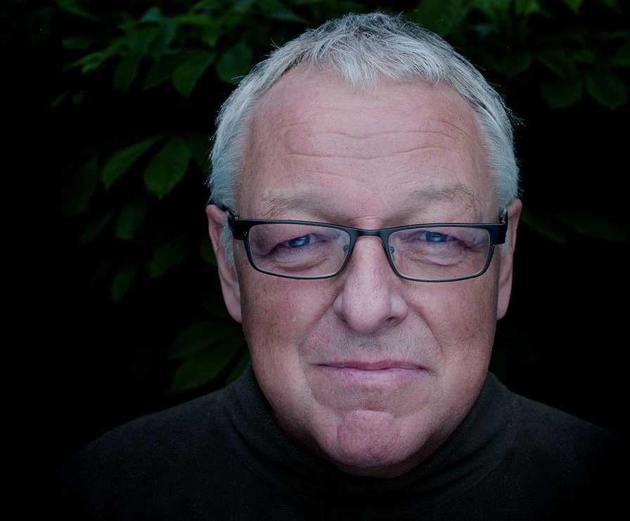Författaren Roy Jacobsen har kommit ut med Fartygets ögon, som är en tredje, fristående roman efter De osynliga och Vitt hav