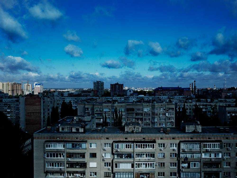 Bostadssituationen är katastrofal i Ryssland, många tvingas fortsätta bo tillsammans efter skilsmässa. Bilden är från Rostov-Don.