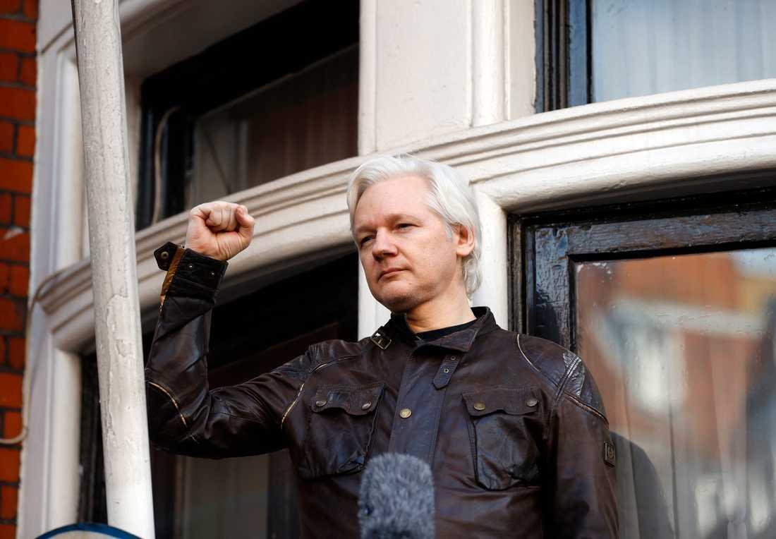Julian Assange gömmer sig på Ecuadors ambassad i London sedan 2012. Arkivbild.