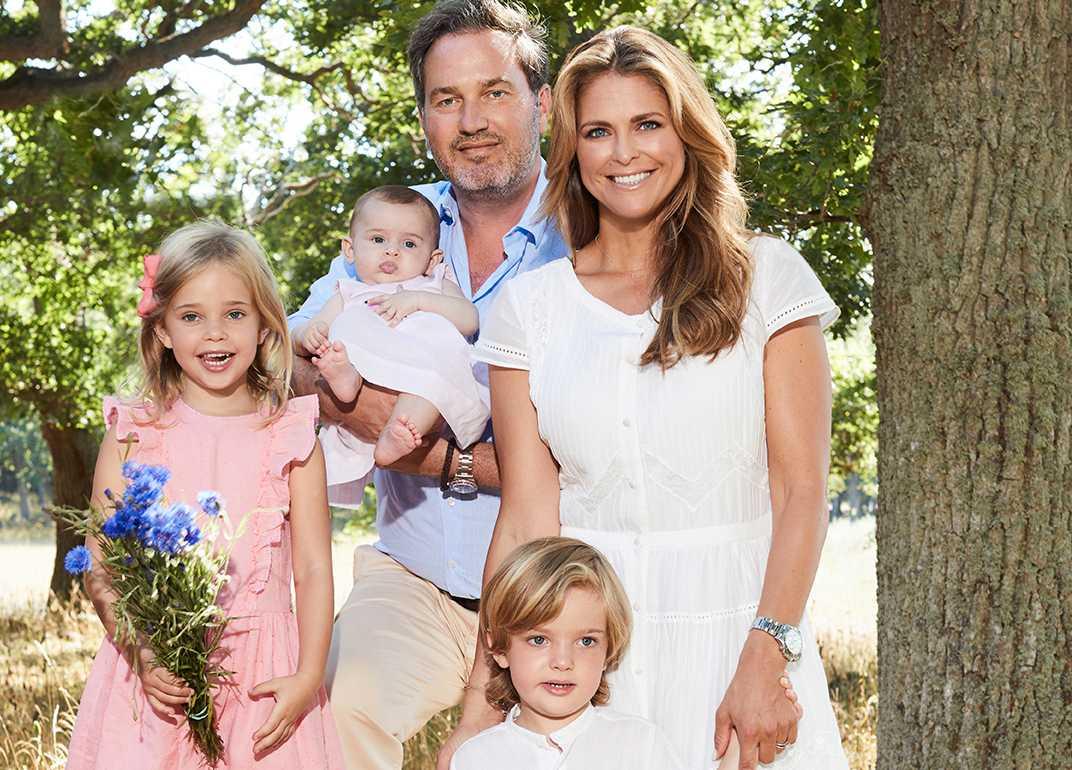 Prinsessan Madeleine, Chris O'Neill och barnen Leonore, Nicolas och Adrienne.