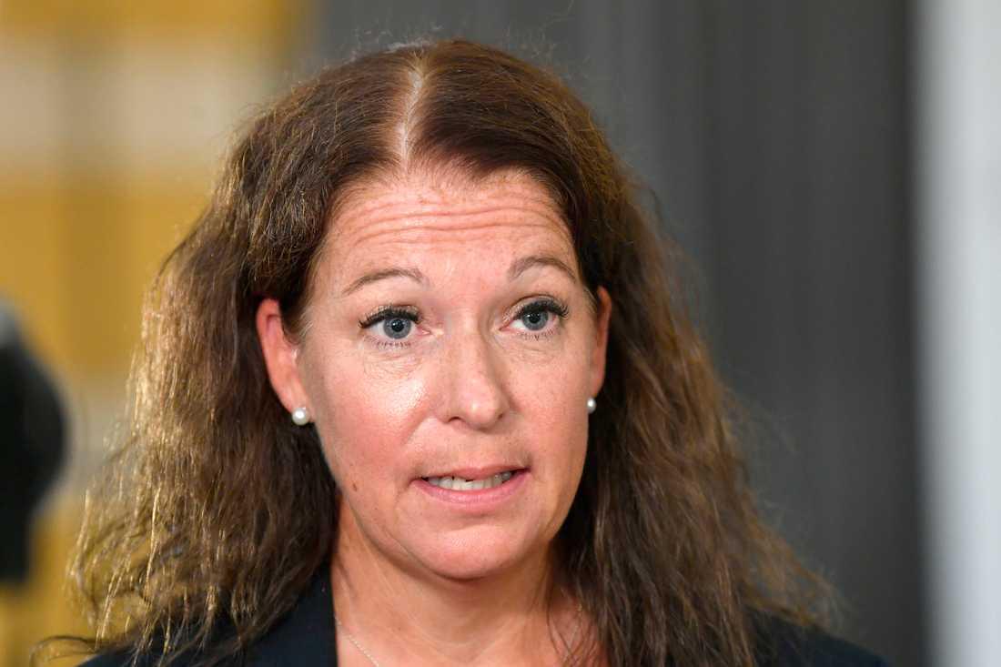 Kammaråklagare Anna Lander säger att det lutar åt att hon överklagar domen i målet om den treåriga flickan som hittades död i en lägenhet i Norrköping i januari, som under torsdagen meddelades vid Norrköpings tingsrätt.