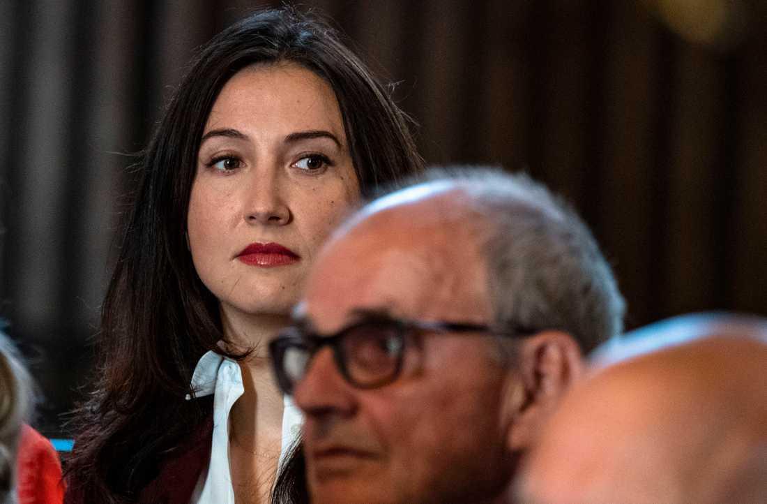 I en intervju med Dagens Nyheter presenterade Aida Hadžialić, till vardags regionråd i Stockholm, flera strategier för Socialdemokraternas framtid.