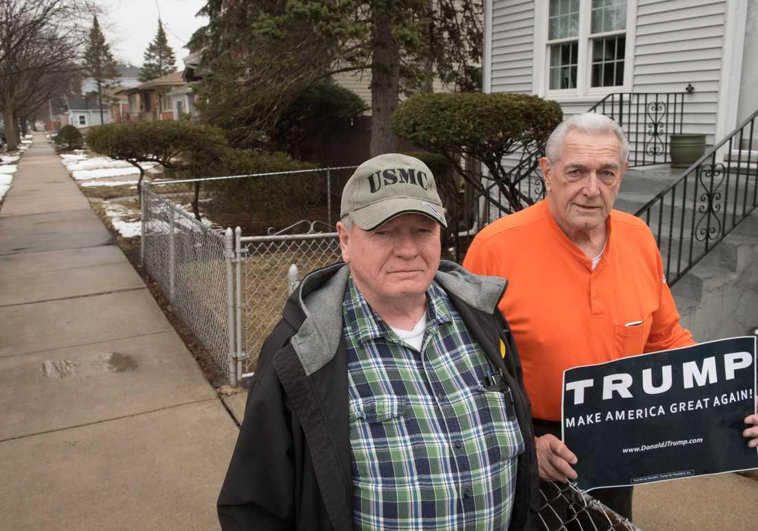 """Mike Young, 72, och Mike Husar, 74, röstade båda på Donald Trump. """"Han kan säga åt ledare i andra länder och de i Washington att dra åt helvete"""", säger Husar."""