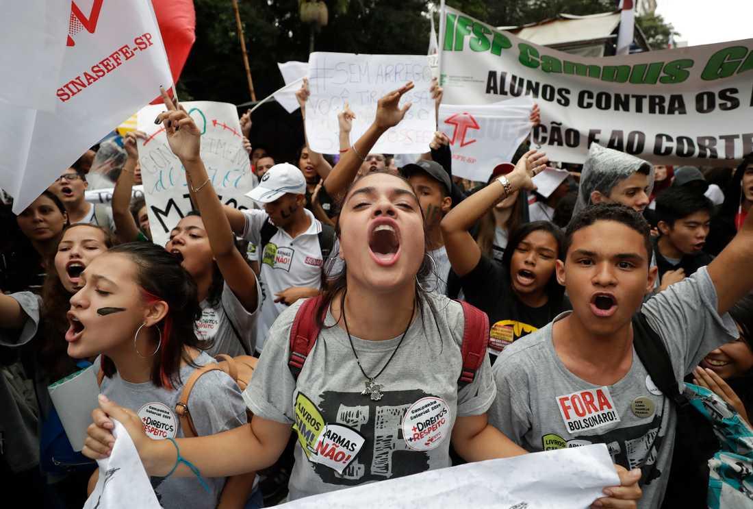 Demonstranter i São Paulo på onsdagen.