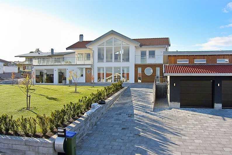 Jönköping – Dyrast Lerhagen, 240 m², 8 295 000 kronor.