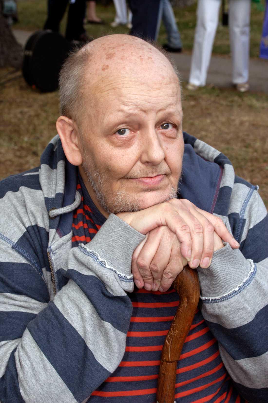 Freddie Wadling mobbades svårt när han var liten.