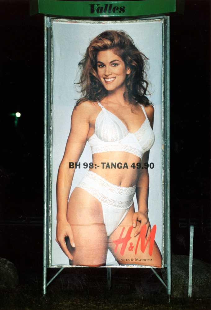 1991 stod Cindy Crawford modell med H&M:s underkläder.