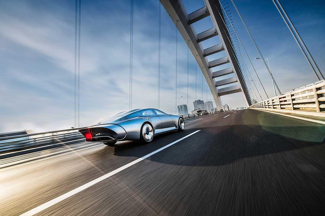 """En spännande detalj med IAA var att den transformerades under färd. I högre hastigheter fälldes en """"tub"""" ut bak–vilket ger bättre aerodynamik."""