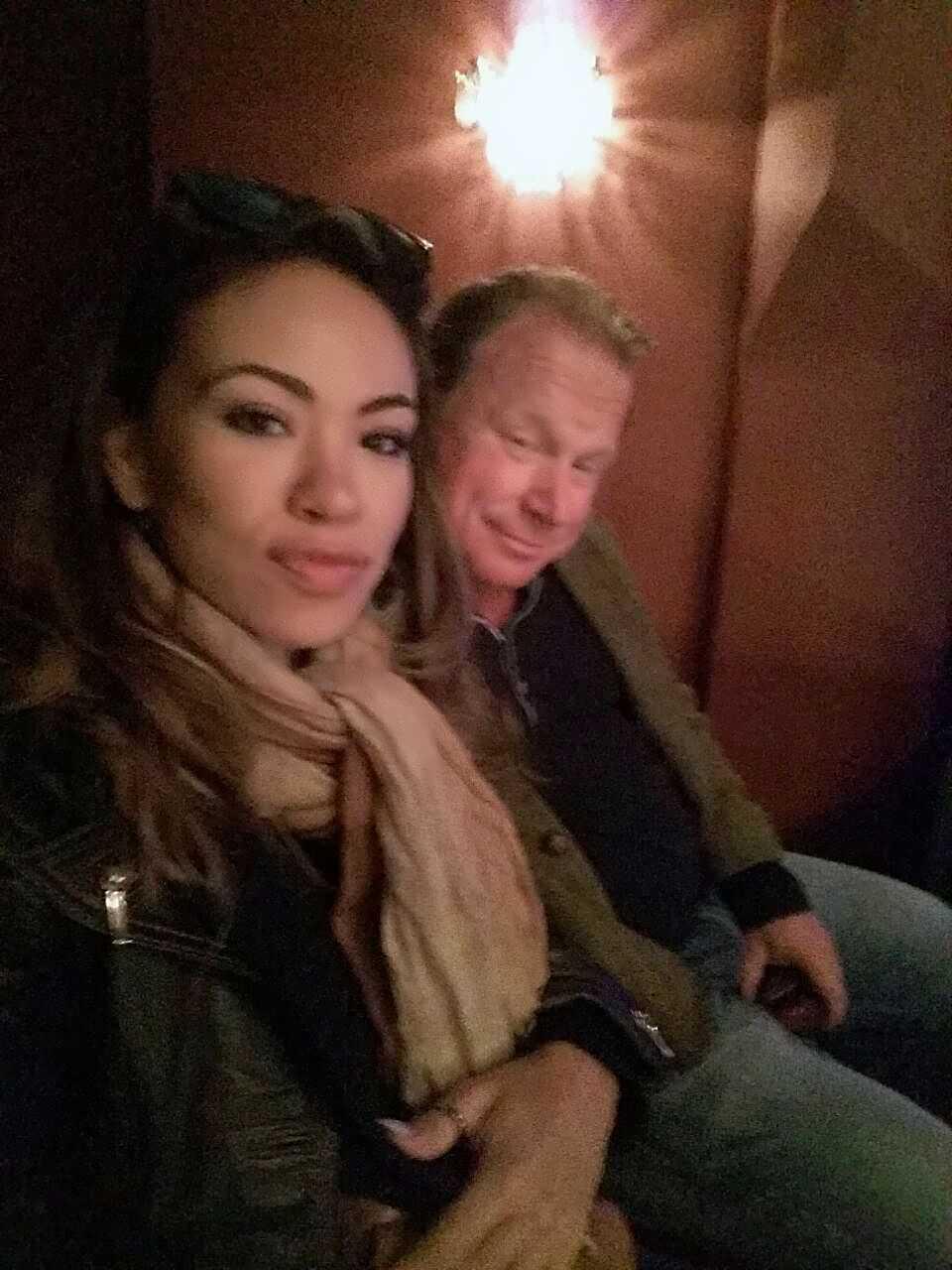 Claes Malmberg med flickvännen Janiana Mafra Panchero Silva.