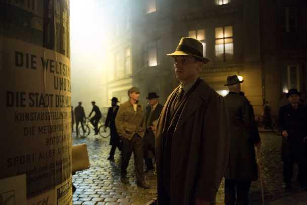 """Volker Bruch i """"Babylon Berlin""""."""