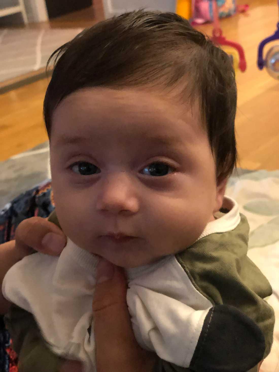 Nora är cirka två månader och det är familjen Alam som har skickat bilden.