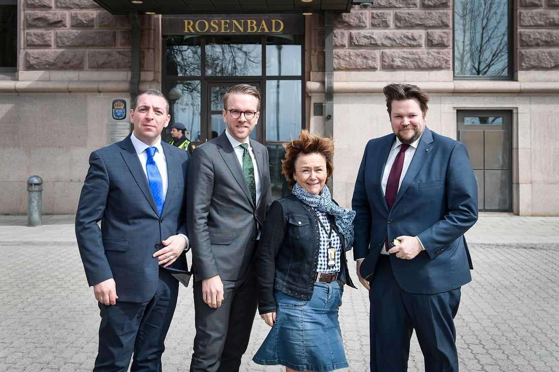 Alliansens rättspolitiska talespersoner,Roger Haddad (FP), Andreas Carlson (KD),  Beatrice Ask (M) och Johan Hedin (C).
