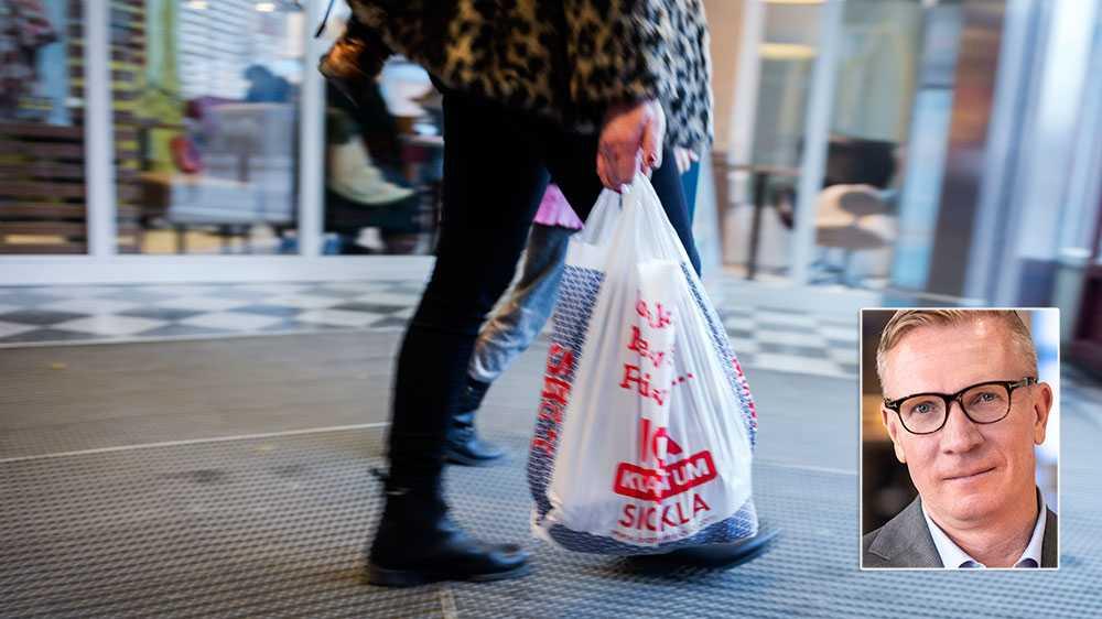 Vi är alla överens om att inga plastpåsar ska finnas ute i naturen. Men det är inte heller svenska plastpåsar som i första hand skräpar ned kring våra svenska stränder, skriver Mats Hedenström, näringspolitisk chef på Svensk handel.