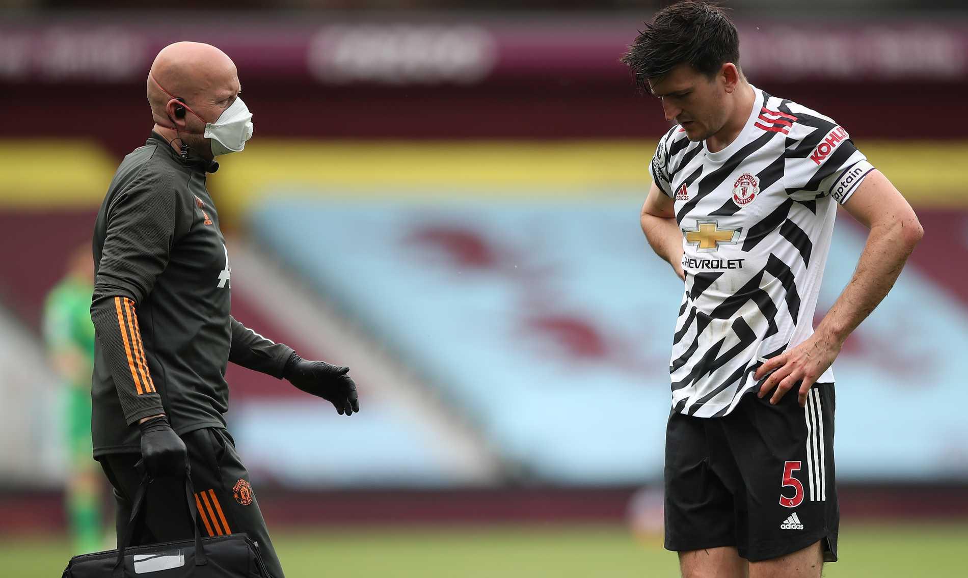 Harry Maguire tvingades av skadad i slutet.