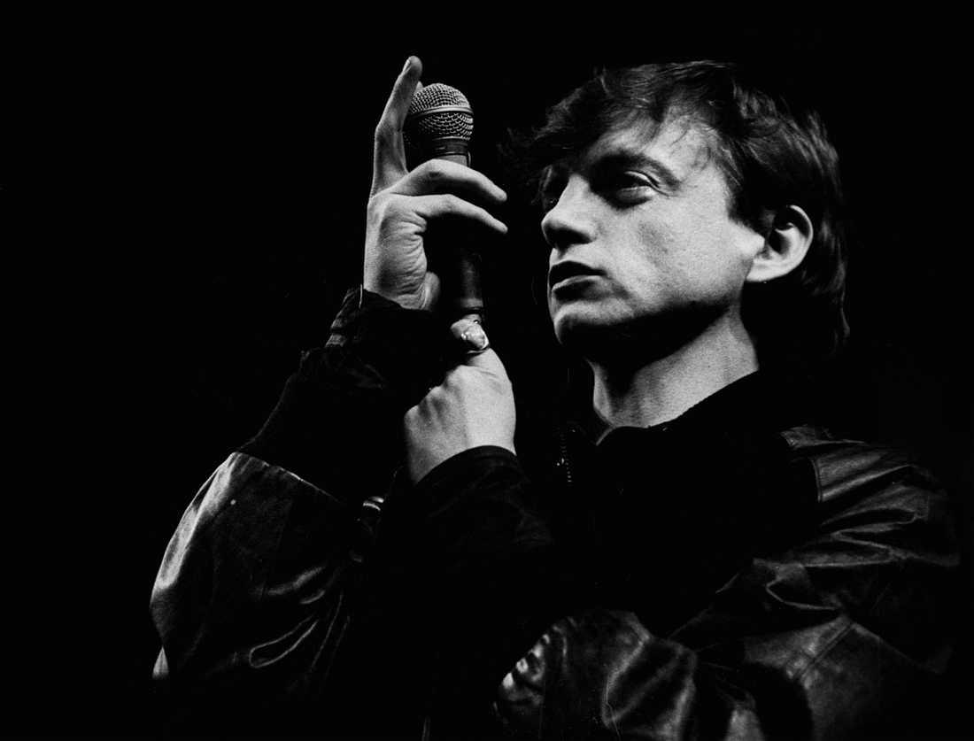 Sedan 1977 då han döpte sitt band The Fall efter Albert Camus roman, har Mark E Smith varit Edward Sillitoes sanne arvtagare. I torsdags gick han ur tiden.