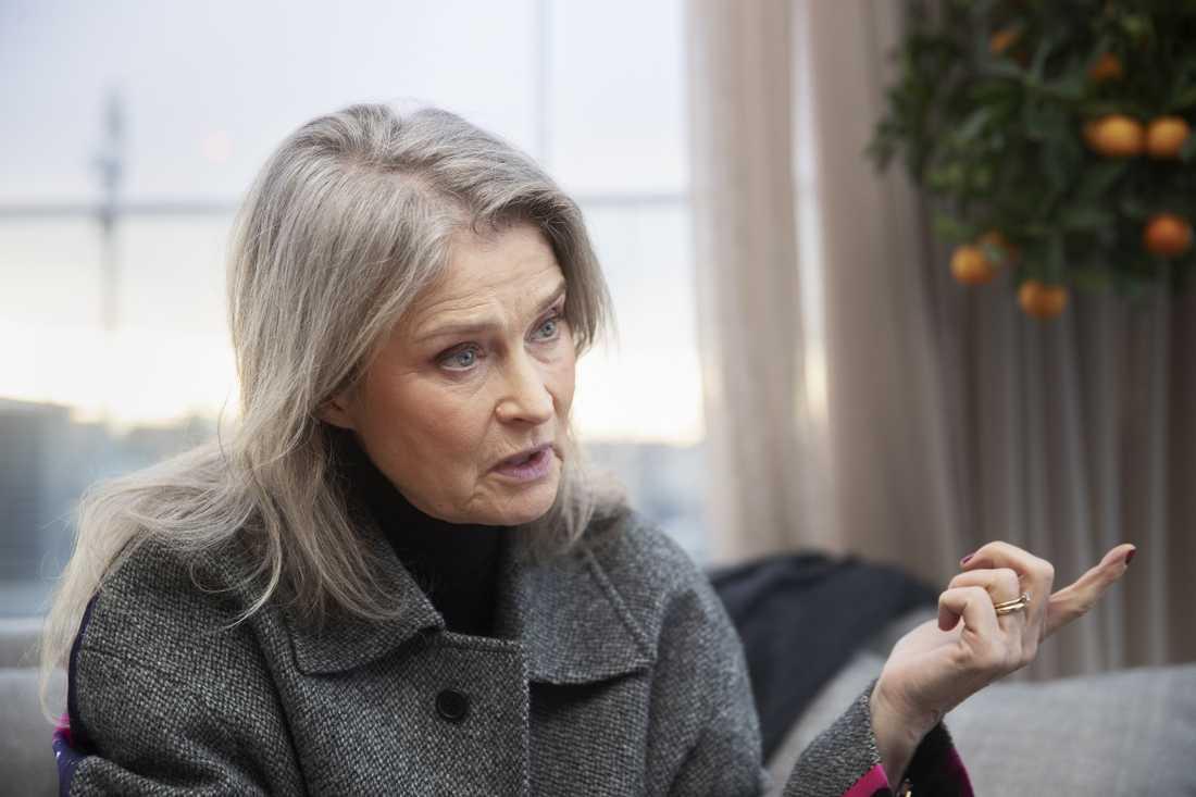 Lena Endre har suttit isolerad hemma i fem veckor.
