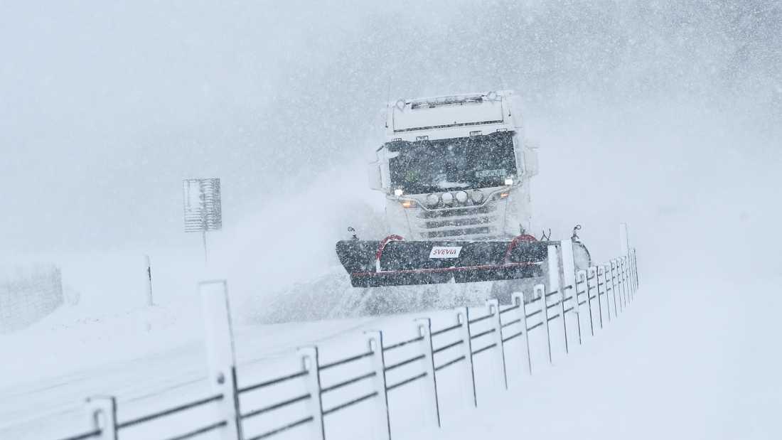 Väder: Det kan bli besvärligt på vägarna i södra Sverige. Arkivbild.