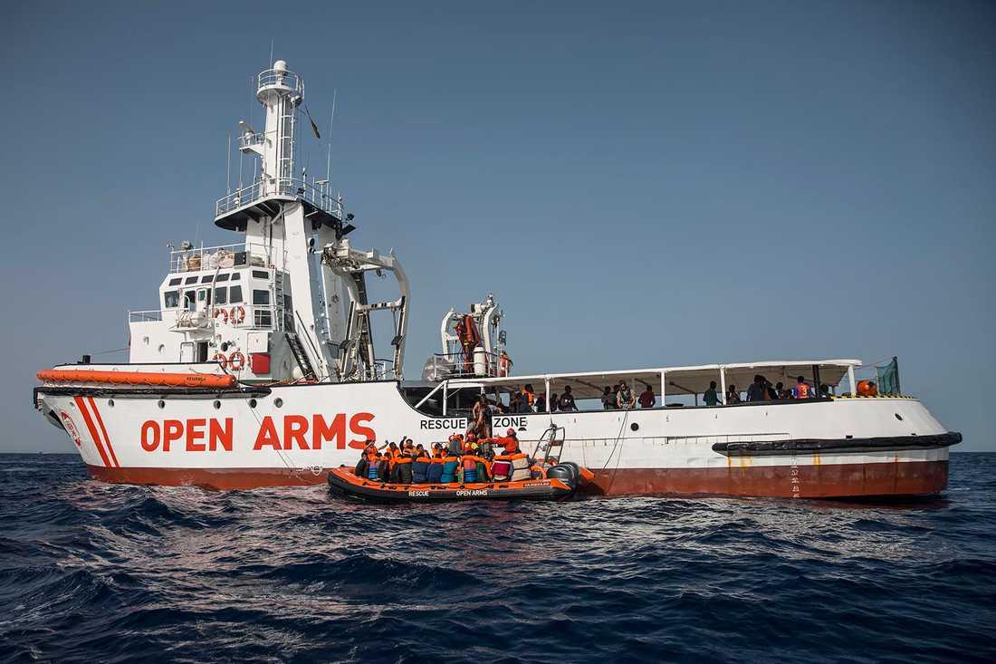 En italiensk domstol har upphävt förbudet för ett migrantfartyg att ta sig in i italienskt territorialvatten. Arkivbild.