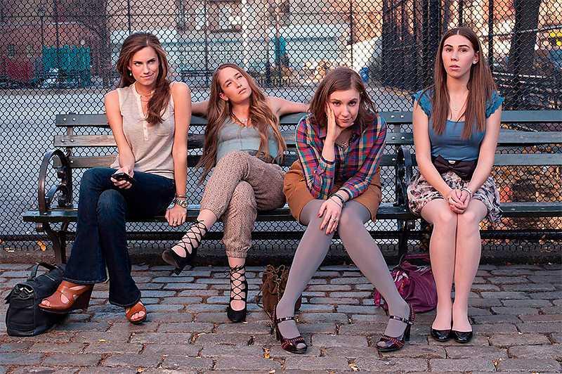 """Flickorna i TV1 """"Girls"""" började visas i SVT i tisdags. Andra säsongen går samtidigt i kabelkanalen Cmore."""